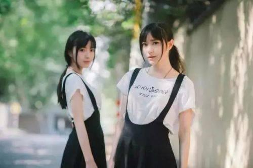 超高颜值双胞胎妹纸,高考同分考入南艺同一专业